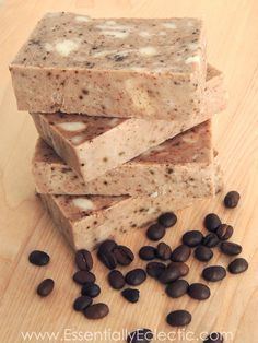 Rustic Cinnamon Hazelnut Coffee Soap | made with rebatch soap base, milk, cinnamon and coffee grounds and is the perfect handmade gift!
