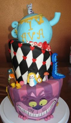 1st Birthday Alice in Wonderland Topsy-Turvy Cake By Jeep_girl816 on CakeCentral.com
