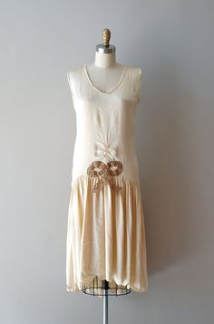 1920s Ziegfeld Girl silk dress | http://www.etsy.com/listing/96164380/silk-20s-dress-1920s-dress-ziegfeld    #vintage #wedding #1920s