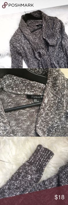 Forever 21 gray cardigan Cute heather gray knit open front cardigan. Pre owned but still in good condition. No trades. Forever 21 Sweaters Cardigans