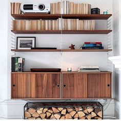 15 ways to use String Furniture in your home – Crioll Designshop Eindhoven. String shelving system living room, modern design furniture nils strinning, shelf, scandinavian design