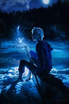 Jack Frost on the lake by vergiil-sparda on DeviantArt Jack Frost Kostüm, Jack Frost Anime, Jake Frost, Jack Frost Cosplay, Elsa Cosplay, Dipper E Mabel, Jackson Overland, Pixar, Guardians Of Childhood