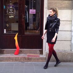 """""""Red-black ♥️♠️ ... and a yellow-red leg ❤️ in front of our shop  . . .    #tights #fashion #outfit #style #inspiration #ootd"""