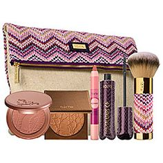 Currently coveting: Tarte's Makin' Waves Best–Selling Summer Essentials Set—perfect for brightening up my pale, pale complexion. #sephora #Tarte #makeup