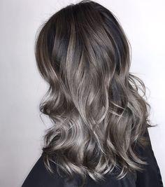 Ash Brown Hair Color, Golden Brown Hair, Brown Hair Shades, Brown Hair With Blonde Highlights, Brown Ombre Hair, Ombre Hair Color, Light Brown Hair, Hair Highlights, Dark Brown