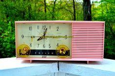 DAISY PINK Mid-Century Retro Vintage 1959 Philco Model F-762-124 AM Tube Clock Radio Totally Restored!