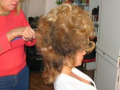 Teased Hair, Beauty Shop, Big Hair, Vintage Hairstyles, Haircuts, Salons, Cape, Wigs, Stylists