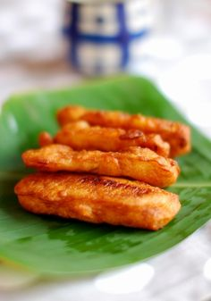 Ethakkappam/ Banana Fritters