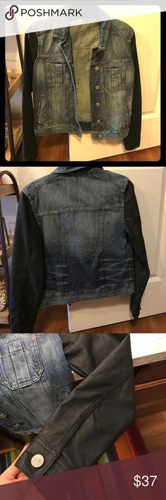 Express jean jacket, leatherette arms! Size S Never been worn Express Jackets & Coats Jean Jackets