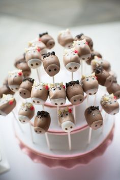 Cutest Pony Cake Pops :: Kennedy's Pink and Brown Pony Party styled by Hoopla Events, Featured on @The TomKat Studio