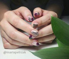 inst: @mariapetrzak negativenails leavesnails naturenails