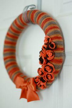 Harvesty yarn wreath