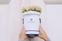 Les Royales - Simplicity for marking events - Exclusive Flower Gifts