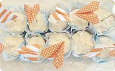 paper airplanes on cupcakes...I could do the airplanes out of fondant or gumpaste...cute
