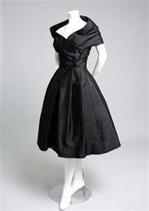 Oh this bodice... Vintage Dior.
