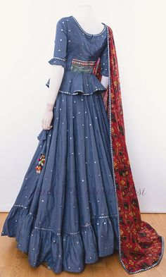 choli-Raas The Global Desi-[chaniya_choli_online]-[chaniya_choli_for_garba]-[chaniya_choli_for_navratri]-Raas The Global Desi Indian Fashion Dresses, Party Wear Indian Dresses, Designer Party Wear Dresses, Indian Gowns Dresses, Dress Indian Style, Kurti Designs Party Wear, Indian Designer Outfits, Indian Skirt, Indian Outfits