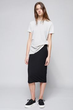 Oversize tee and jersey skirt with sneaks