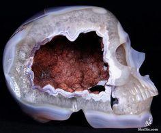 Geode Skull Carvings | Duper Uber