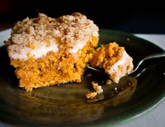"""Pumpkin Cake with """"Cream Cheese"""" and Crumb Topping"""