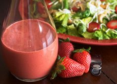 Strawberry Balsamic Vinaigrette Dressing - This creamy salad dressing tastes like it came from a restaurant! Perfect for a dinner party or summer salad. Creamy Salad Dressing, Vinaigrette Dressing, Salad Dressing Recipes, Salad Dressings, Balsamic Dressing, Savory Sauce Recipe, Balsamic Vinegarette, Lemon Vinagrette, Strawberry Balsamic