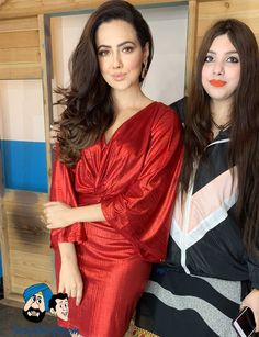 Designer Ashima Sharma with Sana Khan Bollywood News, Bollywood Actress, Sana Khan, Dbz, Celebrity News, Curves, Fashion Dresses, Sari, Hollywood