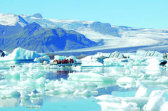 #Iceland_coach_tours  #Fly_bus_iceland  This tour takes us along the stunning south coast of Iceland to the extraordinary glacier lagoon. You will have plenty of time to be impressed by the glacier lagoon and its icebergs. On our way back we will visit two magnificent waterfalls https://bustravel.is/de/touren/gletschertouren/gletscherlagune-mit-bootstour