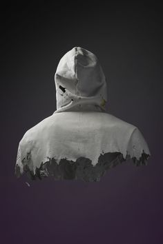cinqfruits:  International youth 01 with Alex Sossah / Picture by Mathieu MISSIAEN , sculpture by LCSS /Plaster / January 2013