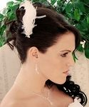bridal hairstyles, bridal hairdo, hairstyles for the bride, bridal feather hairstyles