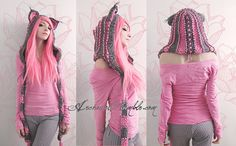 Custom cat hood pink and grey. swamped with orders at the moment, but you can order here later. [link] Pink and grey custom cat hood Chat Crochet, Crochet Diy, Crochet Crafts, Crochet Projects, Bonnet Crochet, Crochet Hood, Crochet Beanie, Crochet Scarves, Crochet Clothes