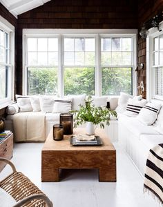 🌟Tante S!fr@ loves this📌🌟 my scandinavian home: A Cosy, Stilted Cottage on Fire Island - white corner sofa / wood clad walls Room Design, Interior, Home, House On Stilts, Living Room Decor, My Scandinavian Home, Fire Island, Built In Sofa, Interior Design