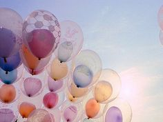 Balloons in balloons. Have a good day!! - Sophie et Chocolat