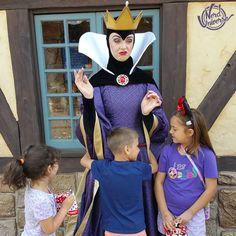 Queen Grimhilde - A Branca de Neve e os Sete Anões