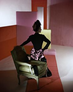 Horst P. Horst, dinner suit and headdress by Schiaparelli, 1947. © Condé Nast/Horst Estate