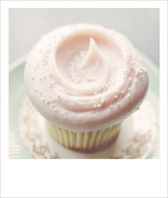 Almost pink, perfect cupcake, pale pink frosting