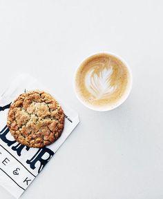 ♥ @AdelineLeeuw   Alfred coffee