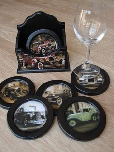Posa Vasos Autos Antiguos Vasos Vintage, Mosaic Tray, Decoupage Box, Leather Carving, Art N Craft, Wood Coasters, Resin Crafts, Vintage Wood, Painting On Wood