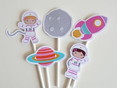 Set of 10 Girl Outer Space cupcake toppers by ThePartyWorkshop - Whirlpool Galaxy-Andromeda Galaxy-Black Holes 3 Year Old Birthday Party, Third Birthday, Birthday Party Themes, Boy Birthday, Outer Space Theme, Outer Space Party, Space Cupcakes, Space Baby Shower, Astronaut Party