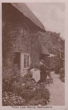 Bedfordshire Lace Pillow Bed Making Sewing Embroidery WW1 Old Crafts Postcard   eBay