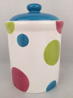 EARTHENWARE CERAMIC WHITE COLOURED POLKA DOTS COOKIE FOOD JAR SPOT CANISTER
