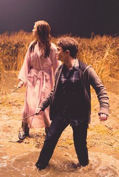 Love that Ginny ran after Harry in this scene.