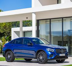 Side view of the new Mercedes-Benz GLC Coupé.