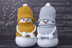 Christmas decoration, Stuffed Snowmen