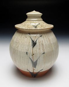 Brandon Phillips - Woodfired Lidded Jar click the image or link for more info. Glazes For Pottery, Ceramic Pottery, Pottery Art, Pottery Ideas, Ceramic Boxes, Ceramic Jars, Modern Ceramics, Contemporary Ceramics, Japanese Pottery