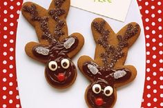 Love the upside-down gingerbread man made into reindeer!