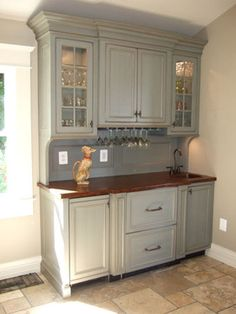 wine bar for the kitchen.adds extra cabinet and counter space to a otherwise empty wall. Kitchen Pantry Design, Kitchen Cabinetry, New Kitchen, Kitchen Decor, Built In Buffet, Built In Hutch, Home Wet Bar, Cabinet Design, Cabinet Space