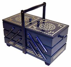 sewing box: I soooo Need to have this one day. Reminds me of granny's...