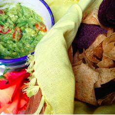 Homemade guacamole #recipe from my Belize-inspired fiesta on danielledrollins.com