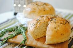 Rosemary Peasant Bread  |  Feathers in Our Nest