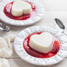 Coconut White Chocolate Panna Cotta with Blood Orange Coconut White Chocolate Panna Cotta with Blood Orange - Baking A Moment Matcha Panna Cotta Recipe, Coconut Panna Cotta, Coconut Milk, Make Ahead Desserts, Just Desserts, Dessert Recipes, Citrus Recipes, Orange Recipes, White Chocolate Panna Cotta