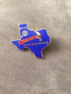 OPTIMIST CLUB PIN, Building with Honor pin, state of Texas pin, vintage keepsake Optimist Club pin, metal enamel pin, 1986-1987 pin